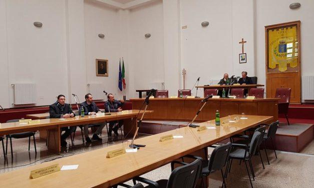 Opposizione in Consiglio: Il Sindaco Caroli non ha più i numeri per governare.  Ascoltiamo il perché