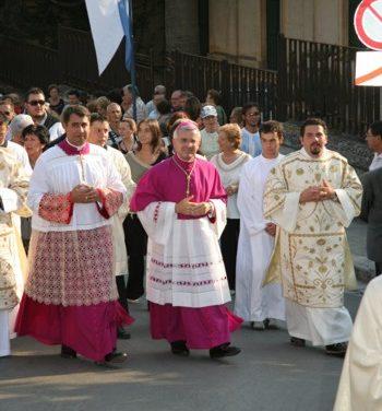 Castoro: Pastore premuroso e attento. Il ricordo di Mons. Pisanello