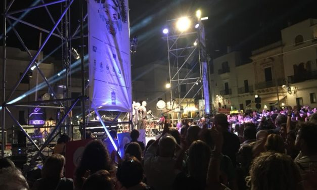 GLI#AVIONTRAVEL QUESTA SERA A CEGLIE: IL LOCOMOTIVE JAZZ FESTIVAL CHIUDE COL BOTTO