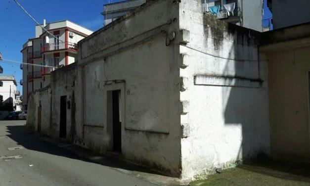 """Via Amerigo Vespucci, completata l'acquisizione degli immobili. Caroli: """"Subito i lavori di abbattimento dei ruderi e di riqualificazione dell'area"""""""