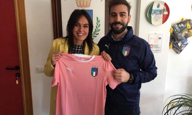 Il Coordinamento Regionale della FIGC ha consegnato oggi il gagliardetto e la maglia della FIGC. Ecco la nota della Federazione