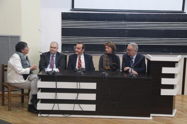 """Firmato un protocollo d'intesa tra il  Conservatorio di Musica """"Tito Schipa"""" di Lecce e l' Universitati të Arteve di Tirana"""
